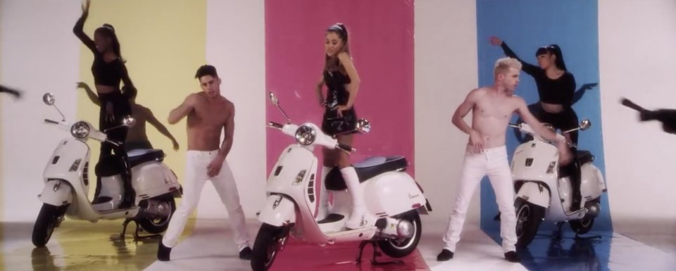 in Ariana Grande feat. Iggy Azalea: Problem