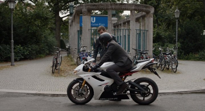 Daytona 675 in Berlin Station