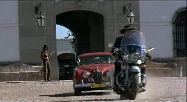 Electra Glide in Bring Me the Head of Alfredo Garcia