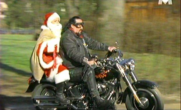 Softail Fat Boy in Der Nikolaus im Haus