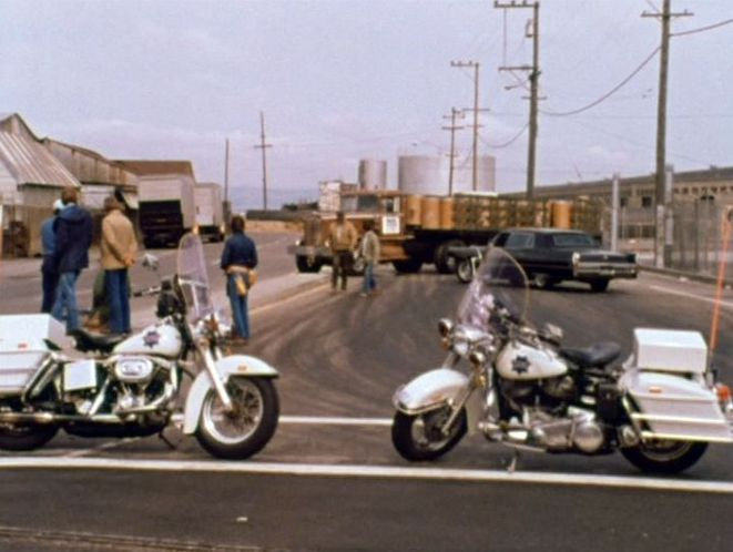 Electra Glide in Harry Callahan/Clint Eastwood: Something Special in Films
