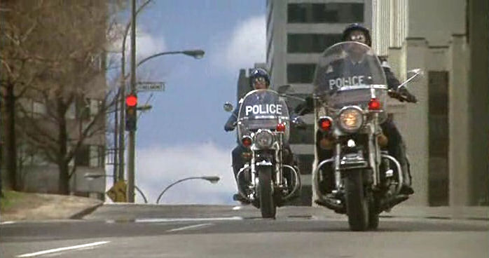 Electra Glide in Hold-Up