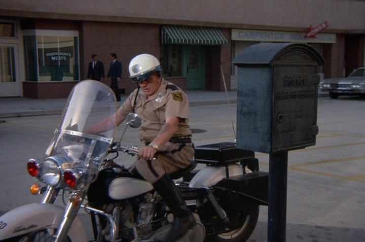 Electra Glide in I Dream of Jeannie
