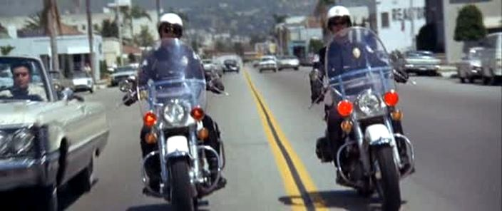 Electra Glide in Live A Little, Love A Little
