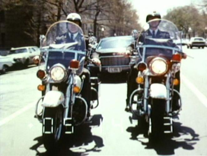 Electra Glide in Pursuit
