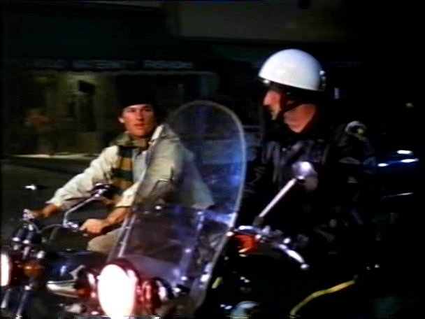 Electra Glide in The Barefoot Executive
