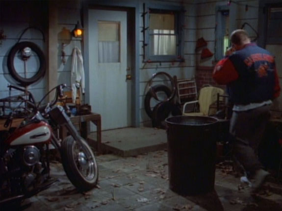 Electra Glide in The Drew Carey Show